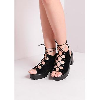 Cleated Platform Lace Up uitgesneden blok hak sandalen zwart