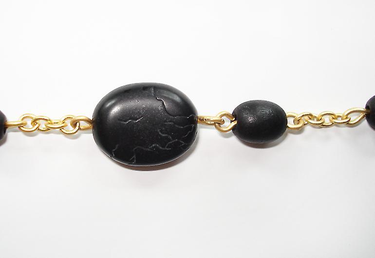 Pilgrim Damenkette: Träpärlor svart/matt guld (387031)