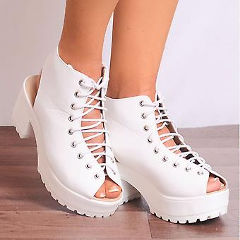 Shoe Closet Ladies D35 White Lace Ups Cleated Platforms Strappy Sandals