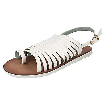 Ladies Down To Earth Sandals White Size 4