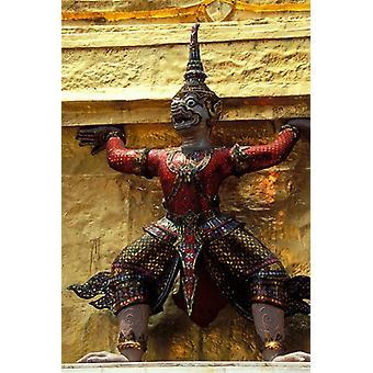 Thaise voogden en gedetailleerdheid van de Grand Palace Bangkok Thailand Poster Print by Claudia Adams