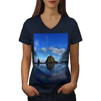 Rock Water Photo Nature Women NavyV-Neck T-shirt | Wellcoda