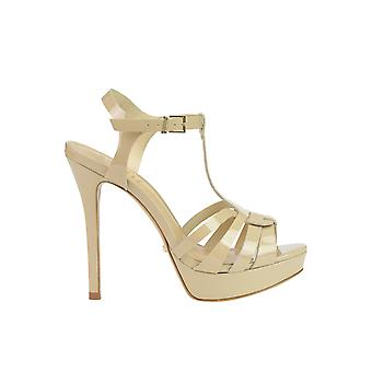 Protection women's MCGLCAT03085E beige patent leather sandals