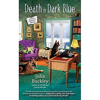 Død i mørk blå: A Writer's Apprentice mysterium