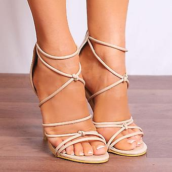 Shoe Closet Ladies Ed40 Nude Patent Stilettos Peep Toes Strappy Sandals High Heels