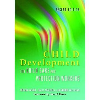 Sviluppo del bambino per bambino cura e protezione dei lavoratori