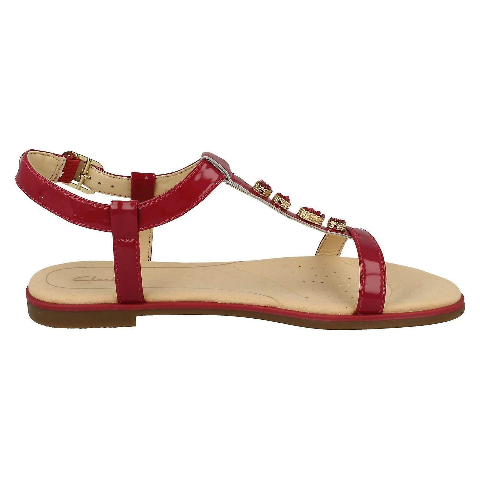 2b8dc7db8f64c Ladies Clarks Casual Slingback Sandals Bay Blossom - Fuchsia Patent Leather  - UK Size 6.5D