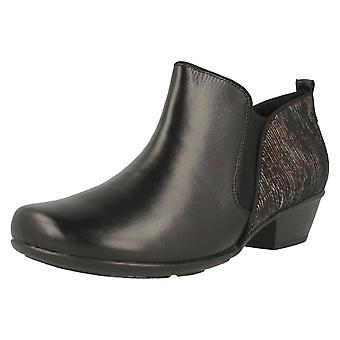 Ladies Remonte Low Heeled Ankle Boot D7364