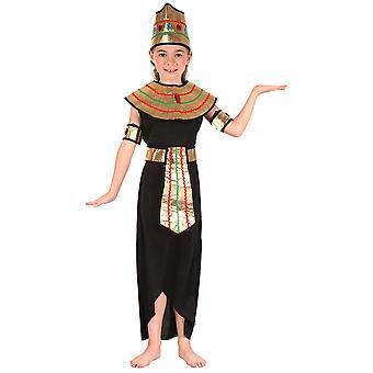 Dronningen av Nilen, Medium