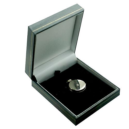 18ct White Gold 20mm round flat plain Locket
