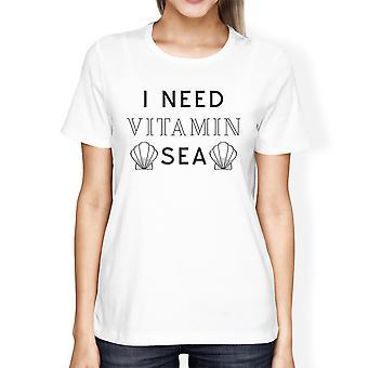 Ich brauche Vitamin Meer weiße Damen süße Sommer Runde Hals T-Shirt Geschenk