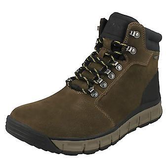 Mens Clarks Walking Boots Edlund Lo GTX