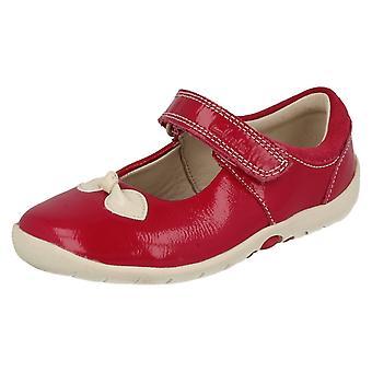 Обувь Clarks девочек с лук дизайн мягко поклон