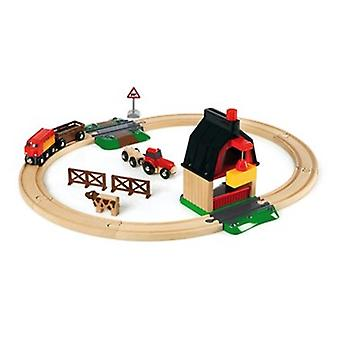 BRIO Farm Railway Set 33719 with Barn, Train, Tractor and Cow