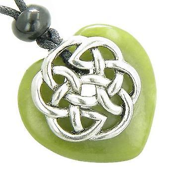 Amulet keltiske skjold knute Puffy hjerte grønne Jade Gemstone anheng halskjede