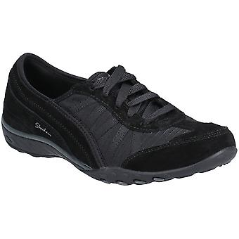 Skechers Womens Breathe-Easy-Weekend Wishes Lace Up Shoes