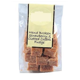 4 sacs de sacs de 150g de fraises et de Clotted Cream Fudge