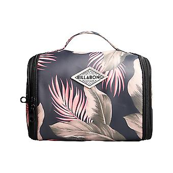 Billabong The Palms Beauty Case Wash Bag in Sage
