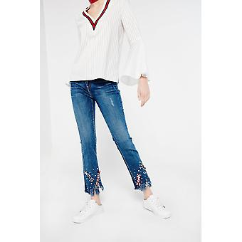 Connie Denim Cropped Peal And Ribbon Jeans