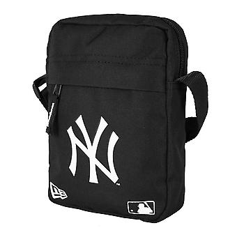 New Era MLB Side Bag ~ New York Yankees