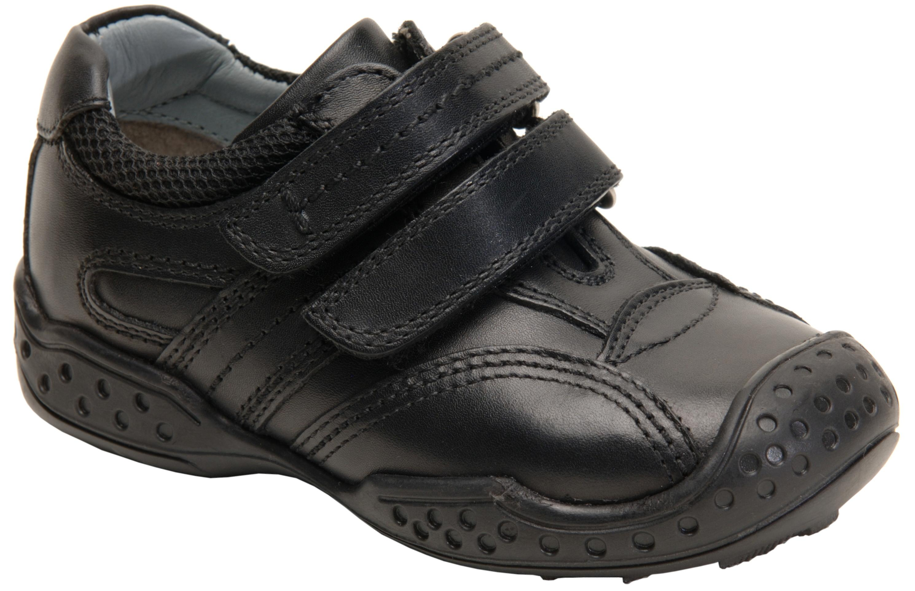 Hush Puppies Weelie 3 Boys Black School Shoe F Fitting