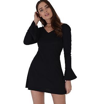Lovemystyle Bell à manches longues noir Skater robe avec encolure plongeante