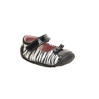 Hush Puppies Party Starter Girls Pre-Walker F Fitting Black and White