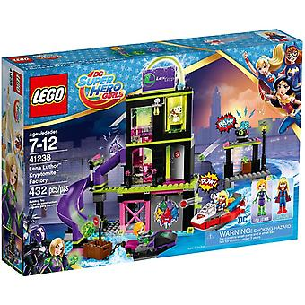 LEGO 41238 Lena Luthor Kryptomite Factory