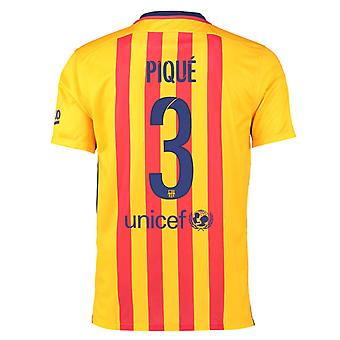 2015-16 Barcelona Away Shirt (Pique 3)