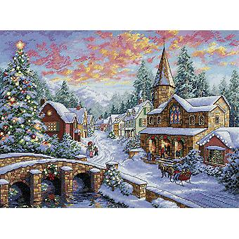 Gold Collection Holiday Village Counted Cross Stitch Kit 16