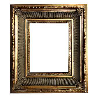 金の 20 x 25 cm または 8 x 10 インチのフォト フレーム