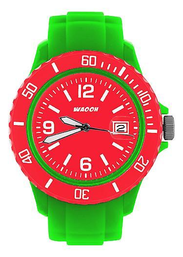 Waooh - si presenta con colore quadrante & lunetta MONACO38 verde