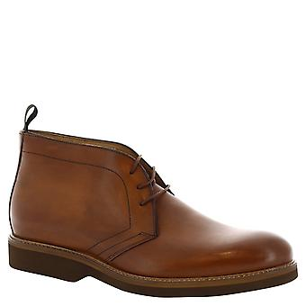 Leonardo Shoes Man's handmade ankle boots in tan leather