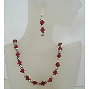 Swarovski Siam röda kristaller smycken med Bali Silver Örhängen   halsband 521de98e3277a