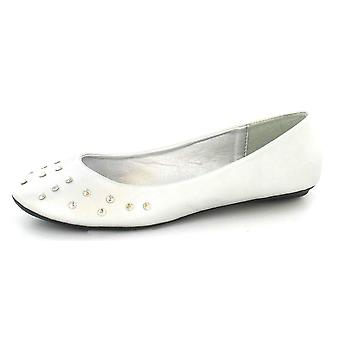 Ladies Spot On Flat Casual Ballerina with Studded Vamp - F8604