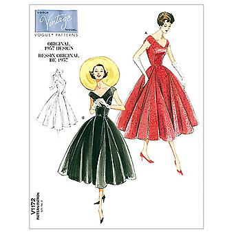 Misses'/Misses' Petite Dress and Belt-AA (6-8-10-12) -*SEWING PATTERN*