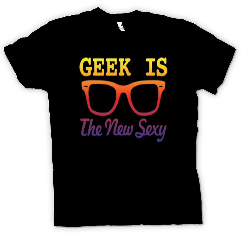 Womens T-shirt - Geek is the new Sexy Wayfarer