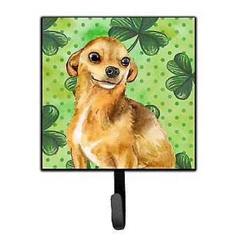 Carolines Treasures  BB9832SH4 Chihuahua St Patrick's Leash or Key Holder