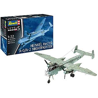 Revell 03928 Heinkel He219 A-0/A-2 Nightfighter Model Kit - échelle 1 : 72