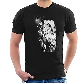 Miles Davis Playing In London 1986 Men's T-Shirt