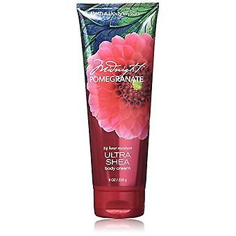 Bain et corps travaille Midnight Pomegranate Ultra Shea Body Cream 8 oz / 226 g