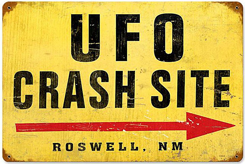 UFO Crash Site rusted metal sign (pst 1812)