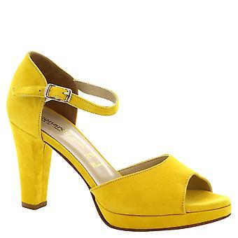 Leonardo Shoes Women's handmade yellow suede high heels sandals