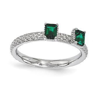 2.5mm zilver gepolijst Prong set Rhodium-plated stapelbare expressies gemaakt Emerald twee stenen Ring - Ring grootte