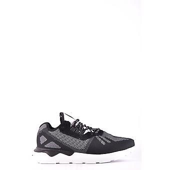 أحذية القماش الأسود أديداس