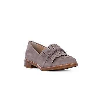 Frau taupe suede moccasin