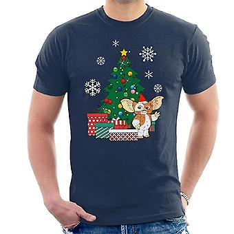 Gizmo Around The Christmas Tree Gremlins Men's T-Shirt
