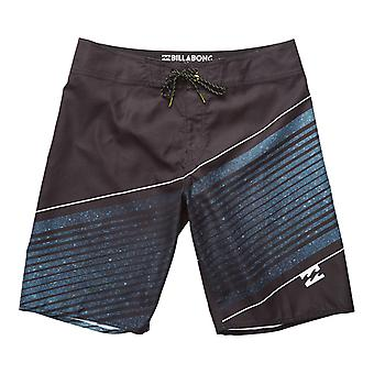 Resistance Mid Length Board Shorts