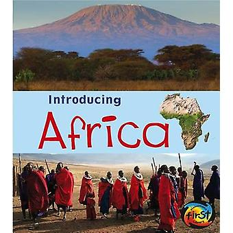 Africa by Chris Oxlade - 9781432980467 Book