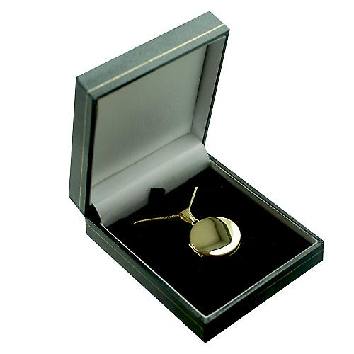 18ct Gold 23mm round flat plain Locket with a curb Chain 18 inches